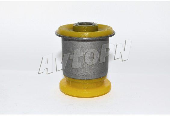 Сайлентблок передний, переднего рычага (13219090) фото 1