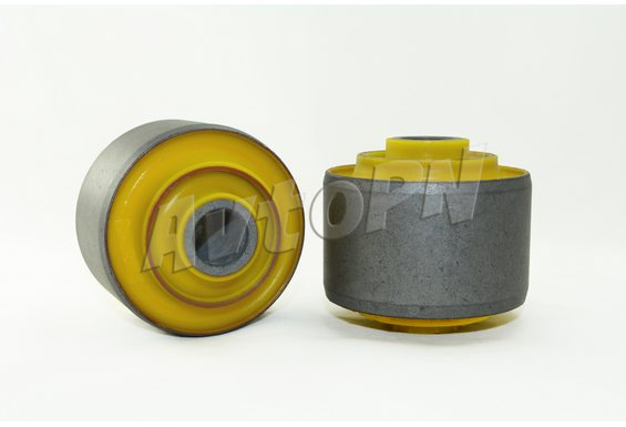 Сайлентблок заднего продольного рычага (MB631492) фото 1