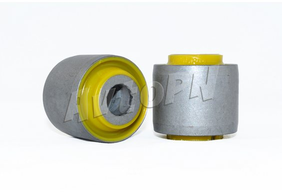 Сайлентблок нижней поперечной тяги (48536-60010) фото 1