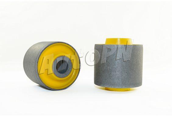 Сайлентблок задней нижней продольной тяги (48720-60040) фото 1